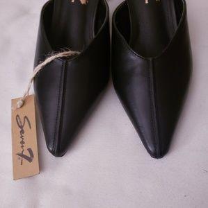390cea82d5 Seven7 Shoes | Nwt Melania Kitten Heel Mule Size 9 | Poshmark